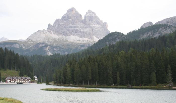 фото озеро Мизурина (lago Misurina )