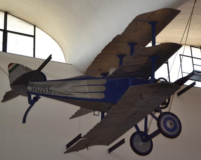 фото из ангара в Музее науки и техники имени Леонардо да Винчи Милан