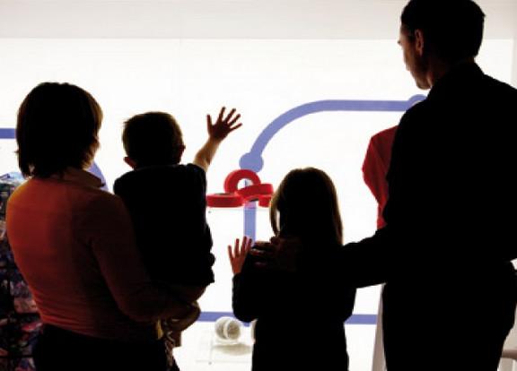 """фото экскурсантов Национального музея науки и технологий Леонардо да Винчи""""Милан"""