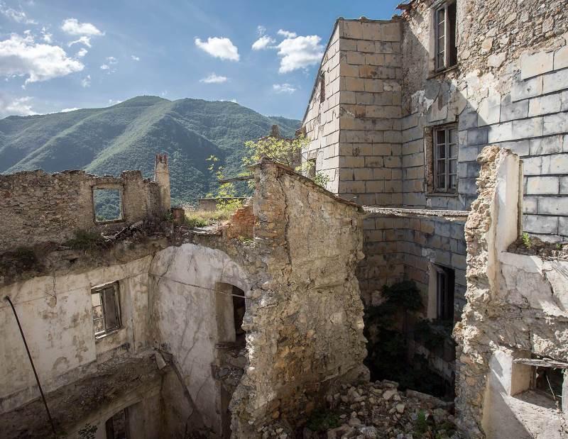 zabroshennaya-italiya-goroda-prizraki-balestrino-i-bussana-vecchia-4