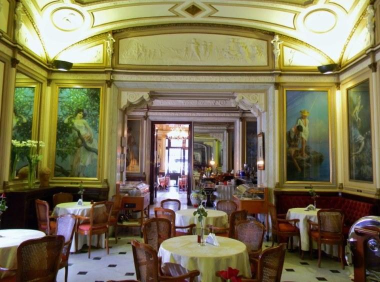 фото внутреннего убранства кафе Гамбринус