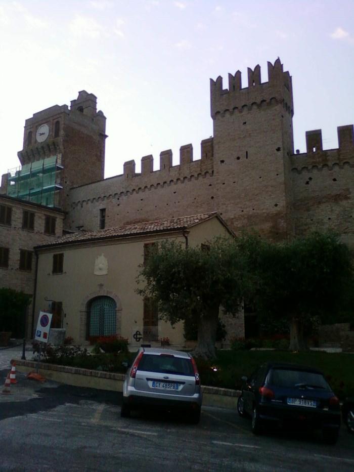 gradara-stena