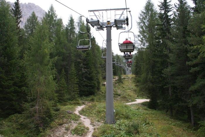 фото Подъемника на высоту 2220 метров Мизурина, Италия
