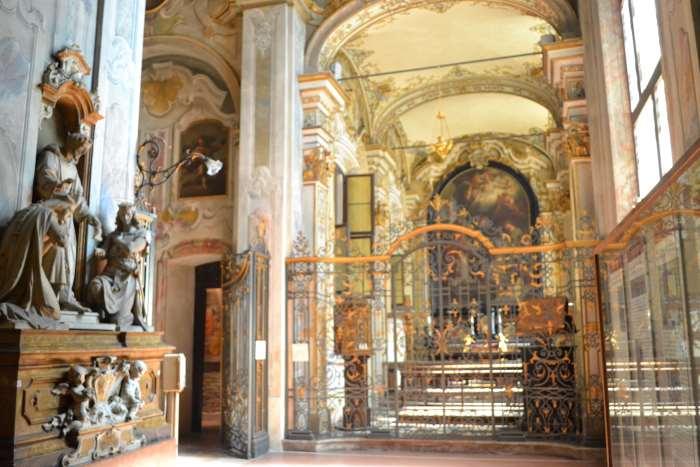 фото часовни Св.Викторо в базилике Св.Амброзио Милан
