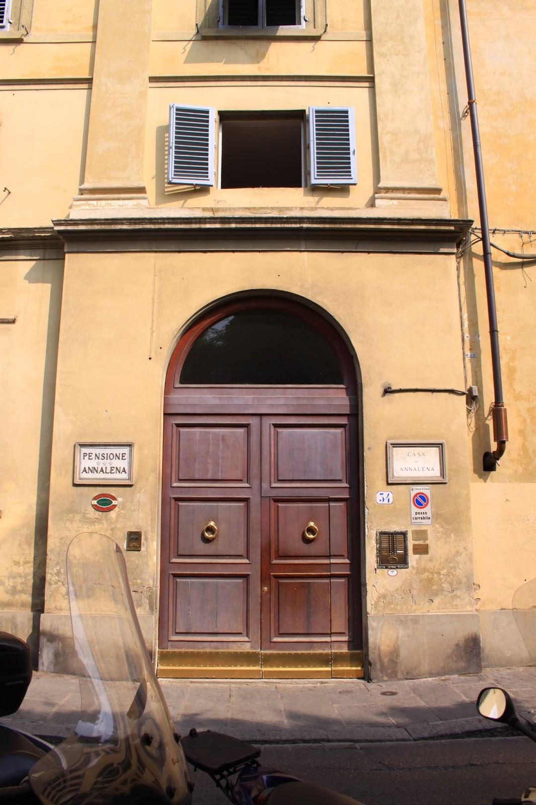 часть прежнего монастыря, находящаяся по адресу via Romana, 34, Флоренция