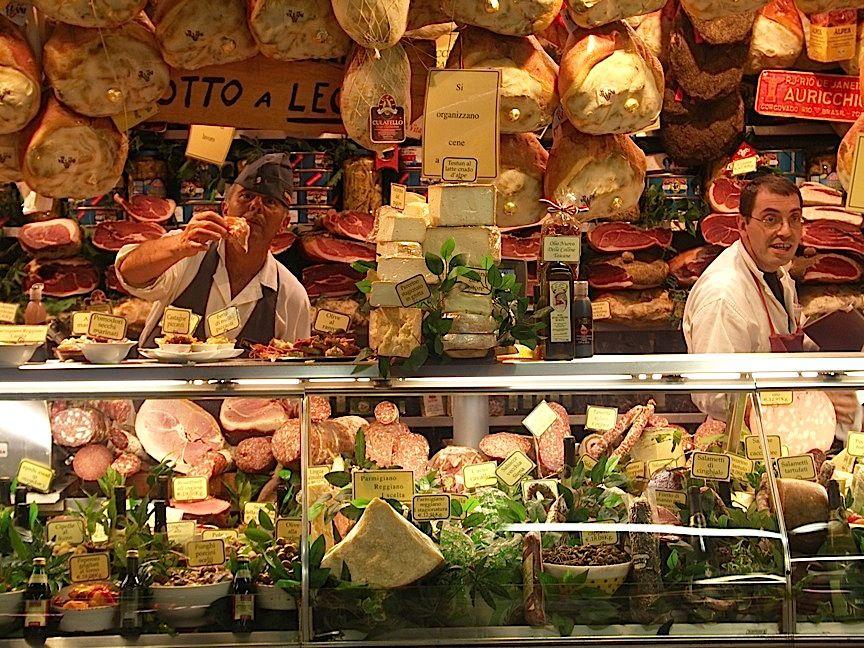 Продуктовый рынок в Римини
