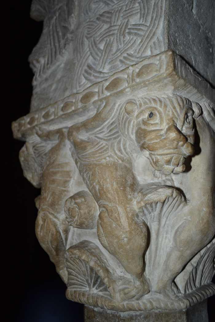 фото фрагмента Саркофага Стилихона Милан