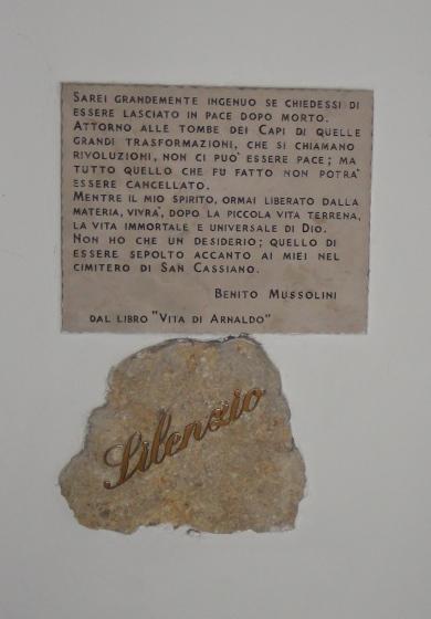 po-sledam-mussolini-chast-vtoraya-mogila-mussolini-2-25