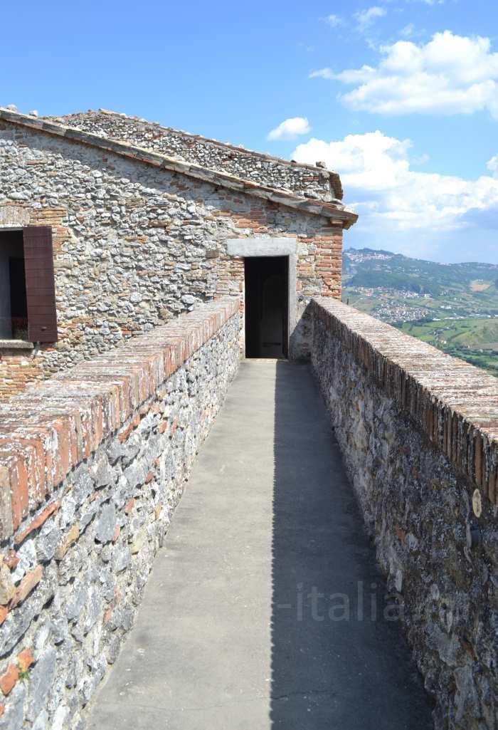montebello-castello-m