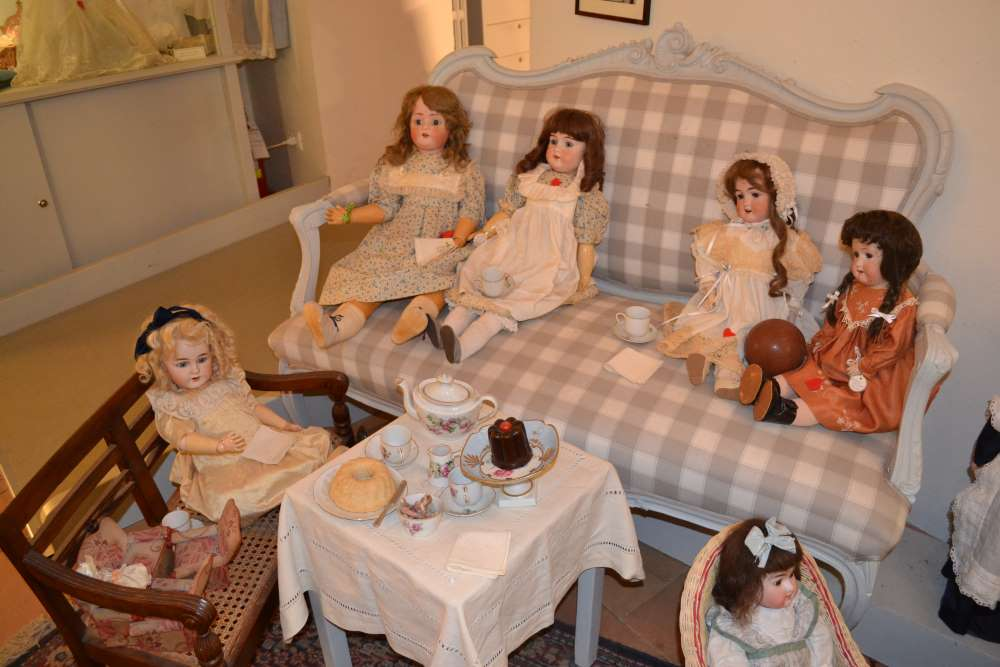 фото экспонатов в музее кукол в Равенне