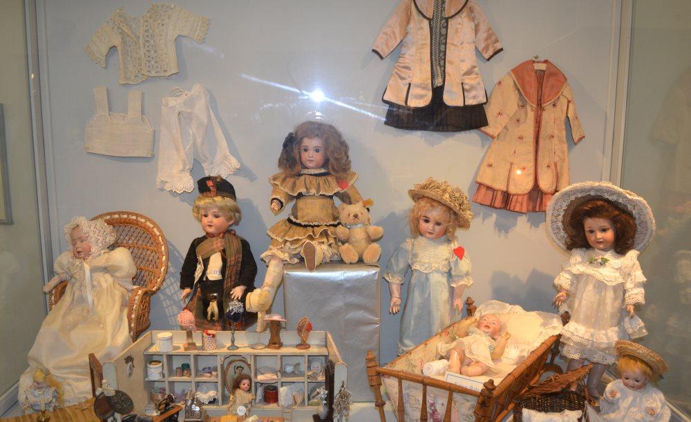еще фото экспонатов в музее кукол в Равенне