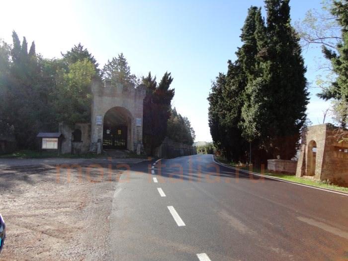 po-sledam-benito-mussolini-chiast-pervaia-zamok-v-predappio-11