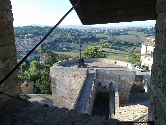 Замок Модавио
