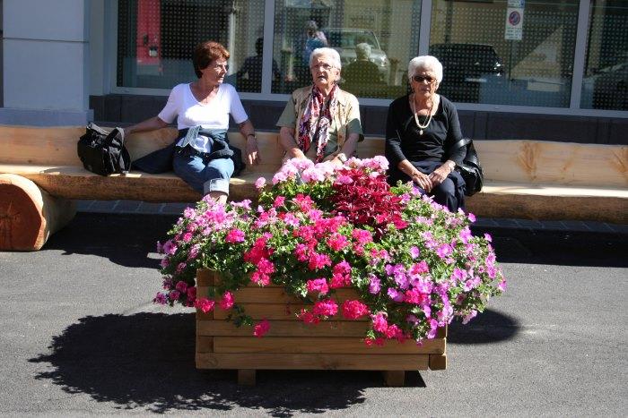 фото пенсионеров, отдыхающих в Фолгарии