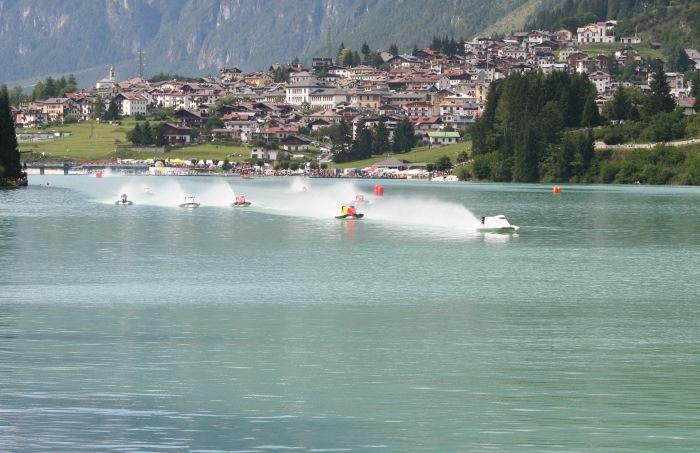 Фото соревнований powerboating в Auronzo в 2007