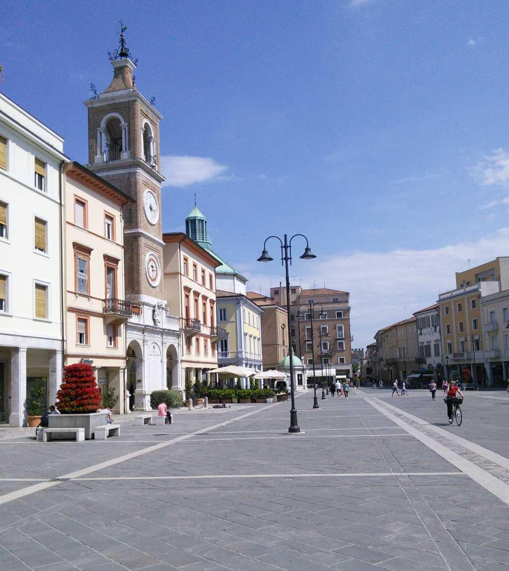 """фото площади Tre Martiri"""" в центре Римини"""