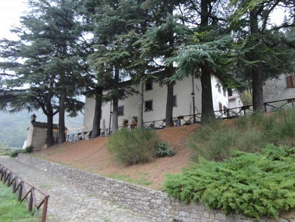natsionalnyie-parki-italii-plotina-ridrakoli-12