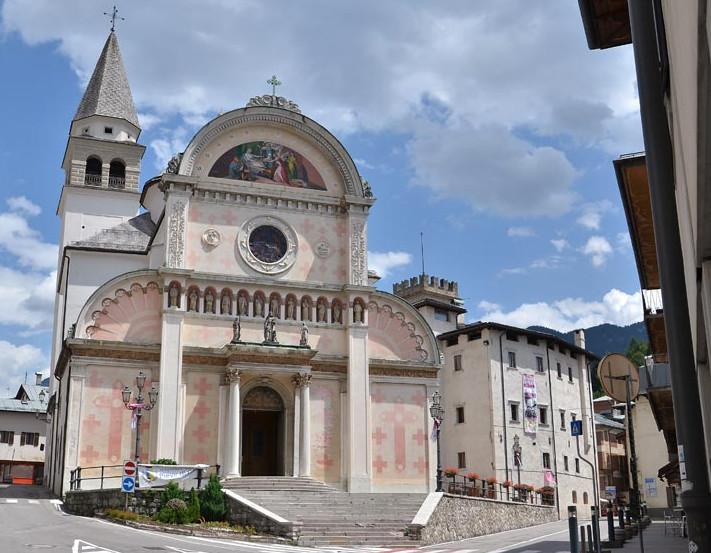 фото Церкови Santa Maria Nascente в Pieve di Cadore