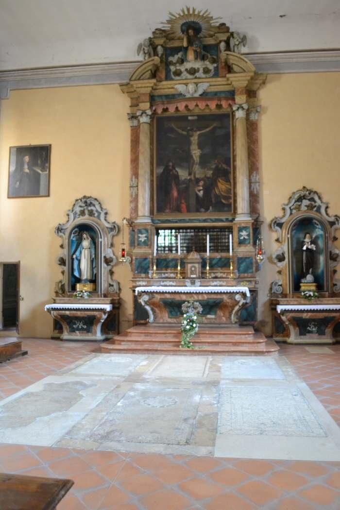 tomba-altare