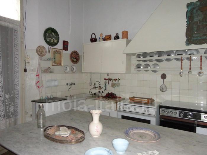 фото виллы дуче Муссолини - кухня