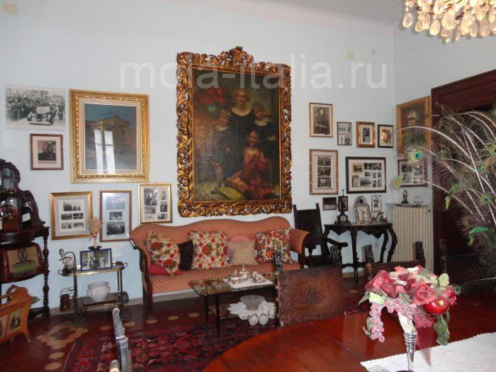 фото зала на вилле Муссолини в Преддапьо