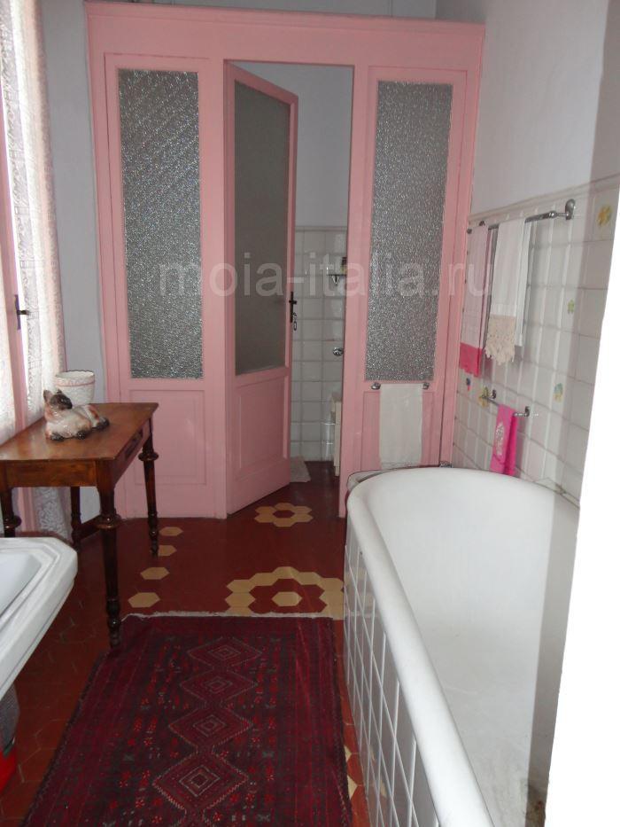 фото ванной на вилле Муссолини в Преддапьо
